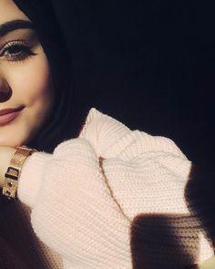 That colour foundation will probably sute me girl hijab, hijabi girl, hijab fashion inspiration