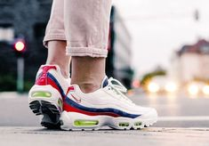 save off 562e9 62d6d Air Max 95, Nike Air Max, Nike Trainers, Air Max Sneakers, Sneakers