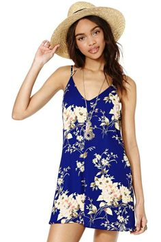 I don't normally go for rompers-Alessia Romper from nasty gal Casual Outfits, Summer Outfits, Cute Outfits, Fashion Outfits, Womens Fashion, Cute Rompers, Dress To Impress, Lady, Girls