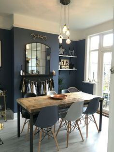 Dining Room Decor Ideas To Impress Your Dinner Guests. Dining room design ideas, whatever the space and budget you have to play with. Find inspiration for your dining room design with these looks and styles. Dining Room Blue, Dining Room Design, Dining Set, Blue Kitchen Tables, Dark Wood Living Room, Design Table, Small Dining, Kitchen Dining, 8 Seater Dining Table