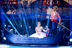 Google Image Result for http://balletnews.co.uk/wp-content/uploads/2012/12/3307689-low-strictly-come-dancing-2012-700x466.jpg