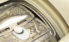 Návod, ako vymeniť pružiny na bubne práčky Whirlpool Toaster, Kitchen Appliances, Diy Kitchen Appliances, Home Appliances, Toasters, Kitchen Gadgets, Sandwich Toaster