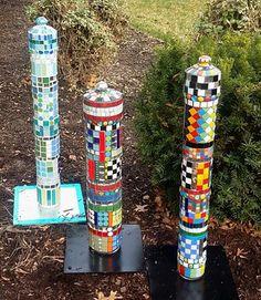 Garden art. Mosaic Garden Pillars. Www.MosaicsGarden.com