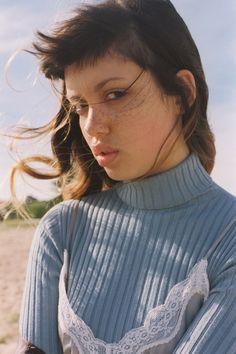 Emily Bador - Nevs----Emily Bador - Nevs--Sab--14--Nov--2015--17:18--29º--37%--N44km--ksemberg
