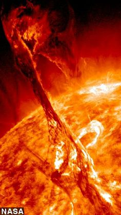 Solar Flare from Sun Eruption (NASA) <- Looks like someone reaching out. That's pretty spoopy. Cosmos, Space Photos, Space And Astronomy, Space Time, Deep Space, Space Exploration, Science And Nature, Science Space, Outer Space