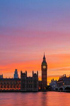 Big Ben sunset, London  (by Bryan Geli )