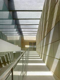 Indoor Swimming Pool in Toro / Vier Arquitectos
