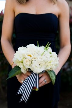 bridesmaid bouquet; photo: Limelife Photography