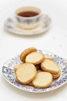 Une recette rapide et simple pour réaliser de jolis biscuits classiques à l'heure du thé. Le Boudin, Tea Time, Yummy Food, Cooking, Sugar Sugar, Recipes, Cakes, Simple, Blog
