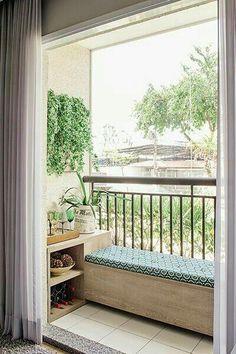 50 kleine Balkondekoration Ideen – Ev Düzenleme the Small Balcony Decoration Ideas – Home Decoration – # Decoration Decor, Small Balcony Design, Home, Small Apartments, Apartment Plants, New Homes, Urban Interiors, Cozy Apartment