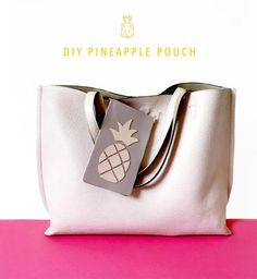 DIY Pineapple Pouch - Part 2 Make a pineapple leather pouch using two pieces of leather, glue and an xActo knife. Tutorial by kraft&mint. Diy Leather Goods, Leather Pouch, Pineapple Template, Pineapple Leather, Handbag Tutorial, Cute Crafts, Handmade Bags, Diy Tutorial, Bags