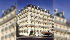 The Splendid Etoile is a 4 Star Hotel close to the Arc de Triomphe in Paris It has 57 luxury bedrooms with views & a gastronomic restaurant. Hotel Paris, Golden Triangle, Site Officiel, Triomphe, World's Most Beautiful, Concorde, Future Travel, Paris Travel, City Lights