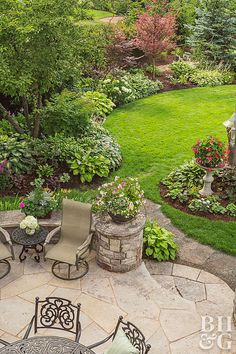 Garden Design patio and chairs and organic landscape shapes - What do a couple of empty nesters do with a baseball diamond in their backyard? Turn it into a private retreat for training therapy dogs, of course. Backyard Garden Design, Garden Landscape Design, Small Garden Design, Backyard Patio, Flagstone Patio, Backyard Ideas, Patio Stone, Sloped Backyard, Outdoor Ideas