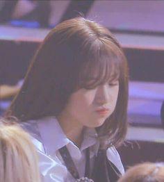 Yu Jin, Funny Kpop Memes, Japanese Girl Group, Cosmic Girls, Female Singers, Dimples, Boyfriend Material, Girl Crushes, My Idol