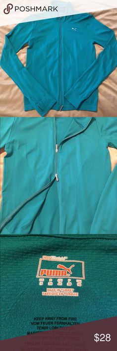 NWOT Puma running jacket NWOT women's Puma runner jacket. Size small-would fit a medium. Super stretchy, great teal color. Thumbs holes in sleeves, dry fit fabric, double zipper for style preference or air control, stretchy and comfy. Perfect condition. 95% nylon 5% elastane. Great for running but also perfect for throw on jacket to wear anytime. Rich color perfect for fall! The TEAL is for sale-red is shown for fit only. Red has sold. #teal #small #zipper #jacket #running #casual #athletic…