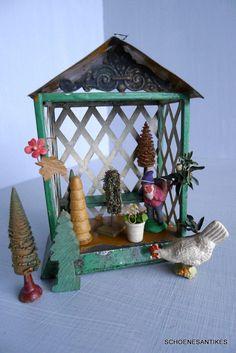 alte seltene Gartenlaube BLECH lackiert u. Zubehör original um 1900 Puppenstube