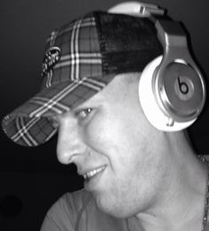 Check out Mr.Lollotech on ReverbNation