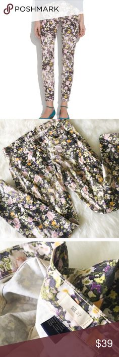 Madewell Skinny Skinny Ankle Jeans in Sungarden Gorgeous floral skinny jeans from Madewell. Size 27, true to size. Good pre-loved condition, fabric shows some minor fading. No holes and no stains. Tons of life left in the beautiful pants!!  --------------- Our super slim and superstretchy fit, flatteringly cropped at the ankle—and covered in photo-floral print (inspired by an actual vintage photograph). Sit at hips. Fitted through hip and thigh, with a slim leg. Madewell Jeans Skinny