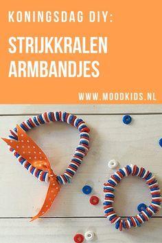 Deze leuke strijkkralen armbandjes maak je makkelijk voor Koningsdag. Of voor elke andere gelegenheid uiteraard. Leuk voor de kids om te doen! Lees hier hier hoe makkelijk het is.