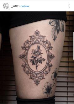 Literally Every Summer Tattoo You Never Knew You Needed - TattooBlend pretty tattoos Literally Every Summer Tattoo You Never Knew You Needed - TattooBlend Mirror Tattoos, Body Art Tattoos, New Tattoos, Small Tattoos, Sleeve Tattoos, Cool Tattoos, Flower Tattoos, Sternum Tattoo, Back Tattoo