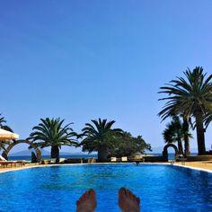 In love with my office today at #HotelFinikas :) Full WiFi everywhere! @HotelFinikas  www.fleetinglife.com