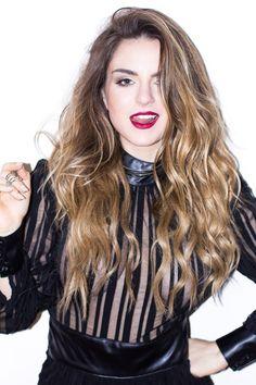 ♥️ Pinterest: DEBORAHPRAHA ♥️ jojo the singer beautiful ombre curly hair