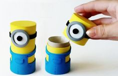 Como fazer caixinhas dos Minions. Quer fazer artesanato dos Minions? Se for um forte seguidor destes pequenos personagens amarelos, certamente vai adorar fazer você mesmo/a uma infinidade de objetos em forma de Minions. É o caso desta...