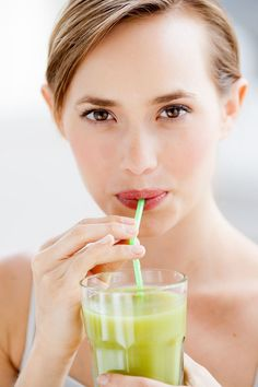 help: your skin ( How To Eat Less, How To Stay Healthy, Christmas Detox, High Calorie Snacks, Drink Plenty Of Water, Weight Loss Routine, Stop Drinking, Detox Program, People Eating