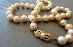 Rachid Jammoua, expert des perles pour Mikimoto http://journalduluxe.fr/rachid-jammoua-mikimoto/