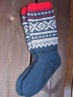 Her knitting, Marius socks in men's size