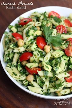 Spinach Avocado Pasta Salad on TastesBetterFromScratch.com Easy Pasta Salad Recipe, Easy Salad Recipes, Side Dish Recipes, Pasta Recipes, Side Dishes For Bbq, Best Side Dishes, Chicken Spinach Pasta, Avocado Pasta, Avocado Chicken