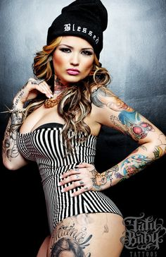 The Beautiful Model-Tattoo Artist Tatu Baby Based Out Of Miami Florida Featured On Diabolical Rabbit. You Can Find Tatu Baby And Other Models At . Tatu Baby, Ink Master, Jack White, Baby Tattoos, Life Tattoos, Tatoos, Famous Tattoo Artists, Brown Pride, Art Model