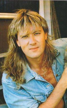 Joe Elliott greatness.