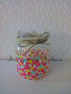 Bote de cristal decorativos reciclado Bote de lunares de colores Mason Jar Crafts, Mason Jars, Catholic Schools Week, Recycled Art, Crafts For Kids, Recycling, Mandala, Handmade, Painting