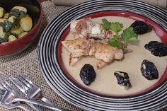Pollo con salsa de ciruelas y brandy http://www.canalcocina.es/receta/pollo-con-salsa-de-ciruelas-y-brandy