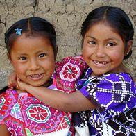 """""""Kids go where there is excitement. They stay where there is Love."""" ********** """"Los niños van donde hay emoción. Se quedan donde hay amor """". ~ Zig Ziglar * Niñas indigenas de Mexico. <3 lis"""