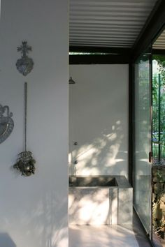 Baño Casa Varanda / Carla Juaçaba