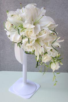 美しい名のホワイト系ローズブーケのデザイン集 の画像 ウェディングアクセサリー&小物デザイナーの日記 【スタイリッシュウェディング】