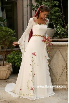 Spectacular Medieval Wedding Gowns at Amazingly Affordable Prices. Medieval Wedding Gowns Help You . Medieval Fashion, Medieval Dress, Medieval Wedding Dresses, Elven Wedding Dress, Renaissance Dresses, Beautiful Gowns, Beautiful Outfits, Gorgeous Dress, Simply Beautiful