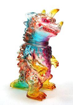 custom Kaiju Drazoran - June 2011 Monster Kolor on clear Japanese vinyl Mark Nagata. Vinyl Toys, Vinyl Art, Monster Under The Bed, Japanese Monster, Monster Toys, Japanese Toys, Found Object Art, Science Fiction Art, Robot Art