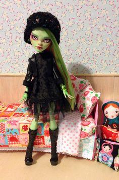 meet van custom ooak monster high venus doll
