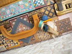 A Quilting Life - a quilt blog: Vintage Sewing Case