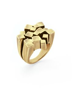 Jewelmint ring. Yes or no? I love how it looks like a city skyline. So pretty. But should I? Trying to resist.