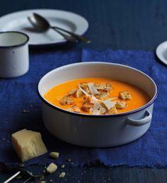 Polévka z pečeného česneku a dýně (www.albert.cz/recepty)