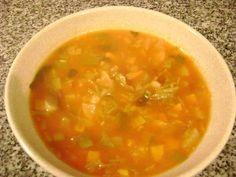 Sopão da Ana Braga (Emagreça 4 Quilos em 1 Semana) Soup Recipes, Diet Recipes, Vegetarian Recipes, Healthy Recipes, Sopas Light, Menu Dieta, Food Plus, Portuguese Recipes, Soup And Salad