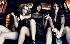 Kristin Wiig, Maya Rudolph, Tina Fey... Can I please be in this limo too? K, thnx