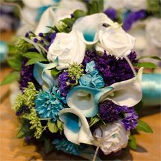 Kayleigh and Arran's turquoise and purple pond-themed wedding #hitchrealwedding
