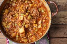This Georgia-Style Brunswick Stew Recipe Is Loaded With Flavor Crockpot Recipes, Soup Recipes, Cooking Recipes, Steak Recipes, Recipes Dinner, Yummy Recipes, Southern Brunswick Stew Recipe, Stew Chicken Recipe, Soups