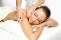 Massage has been practiced for thousands of years. Today, if you need or want a massage, you can choose from among 80 massage therapy style. Massage Tips, Massage Benefits, Massage Therapy, Massage Body, Spa Massage, Leicester, Cellulite, Massage Packages, Wellness