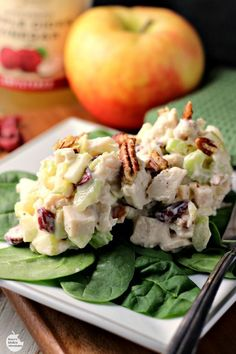 Turkey Apple Cranberry and Pecan Salad. Turkey Apple Cranberry and Pecan Salad a delicious way to morph your holiday turkey leftovers! Savory Salads, Healthy Salad Recipes, Diet Recipes, Cooking Recipes, Cooked Chicken Recipes, Turkey Recipes, Turkey Dishes, Turkey Leftovers, Salads